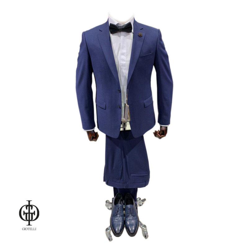 Стильный костюм жениха