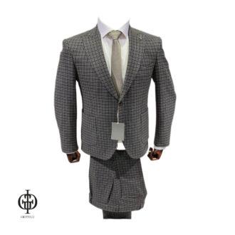 Клетчатый костюм для мужчины